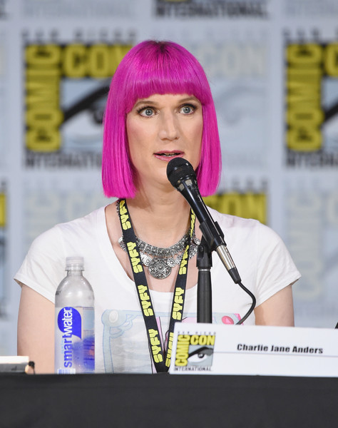 Charlie Jane Anders en la ComiCon International